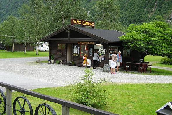 Vang Camping
