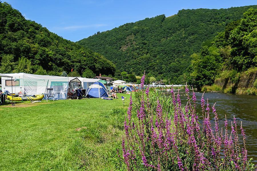 Camping Um-Gritt Castlegarden S.a.r.l.