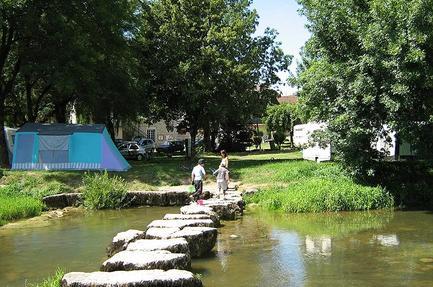 Camping Municipal de Simandre sur Suran