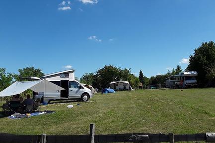Camping Farkas