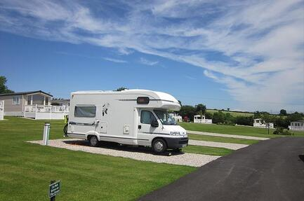 Camping Trelay Holiday Park