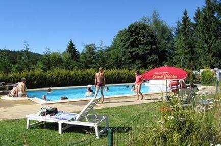 Camping Domaine Naturiste 'Le Fayard'