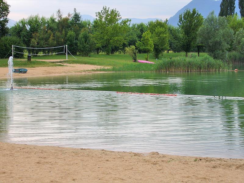 Flower Camping Le Lac du Marandan